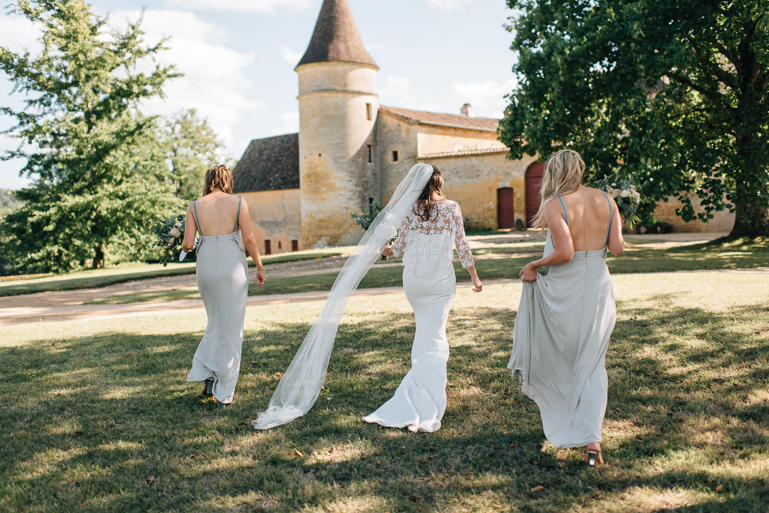 Rime Arodaky wedding dress with veil in chateau de la bourlie wedding by destination wedding photographer the shannons photography