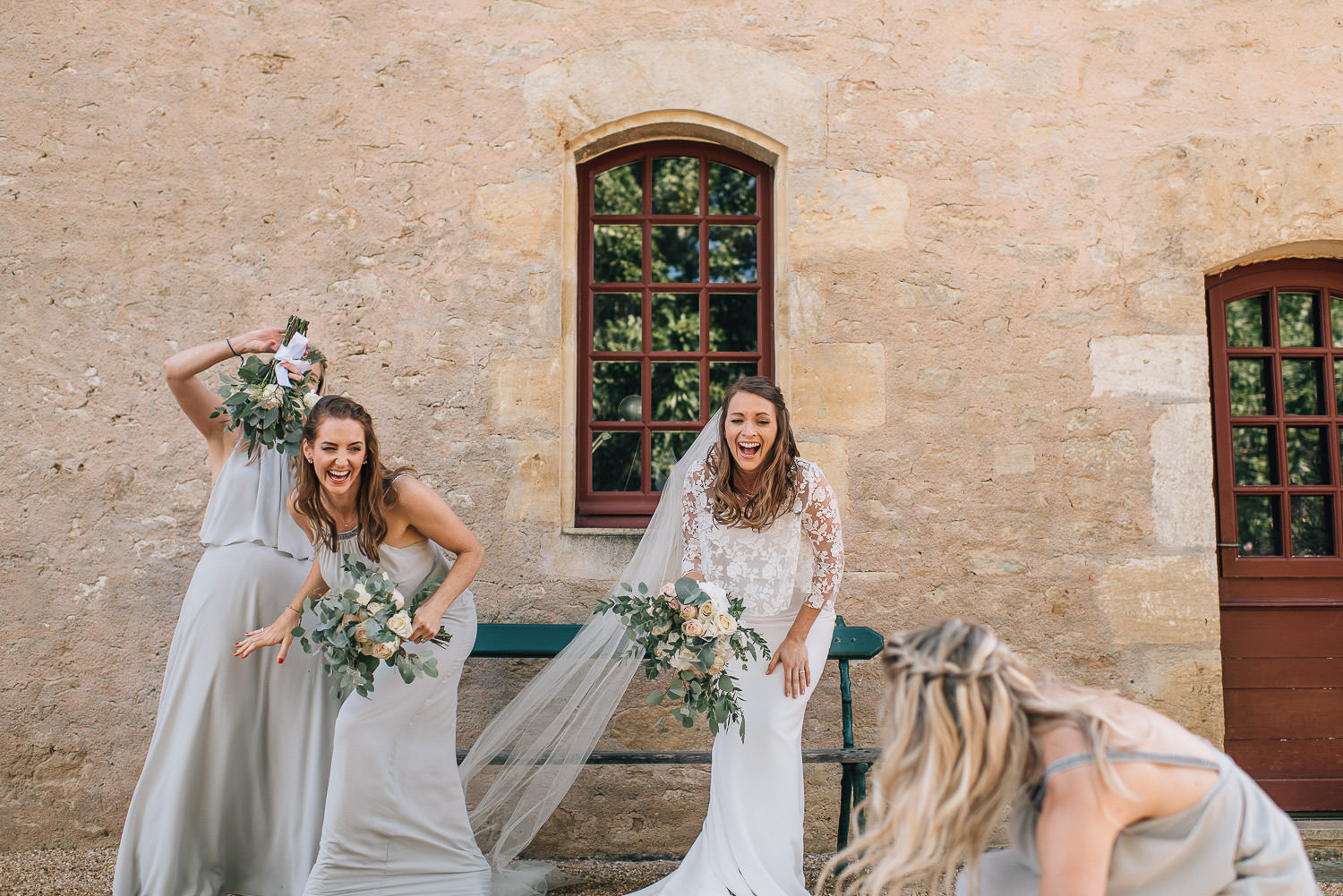 Ellerymay la fleuriste in chateau de la bourlie wedding by destination wedding photographer the shannons photography