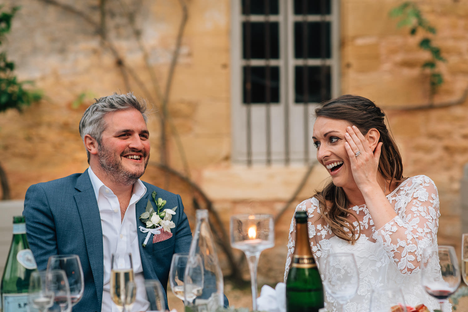 Wedding drinks in chateau de la bourlie wedding by french destination wedding photographer the shannons photography