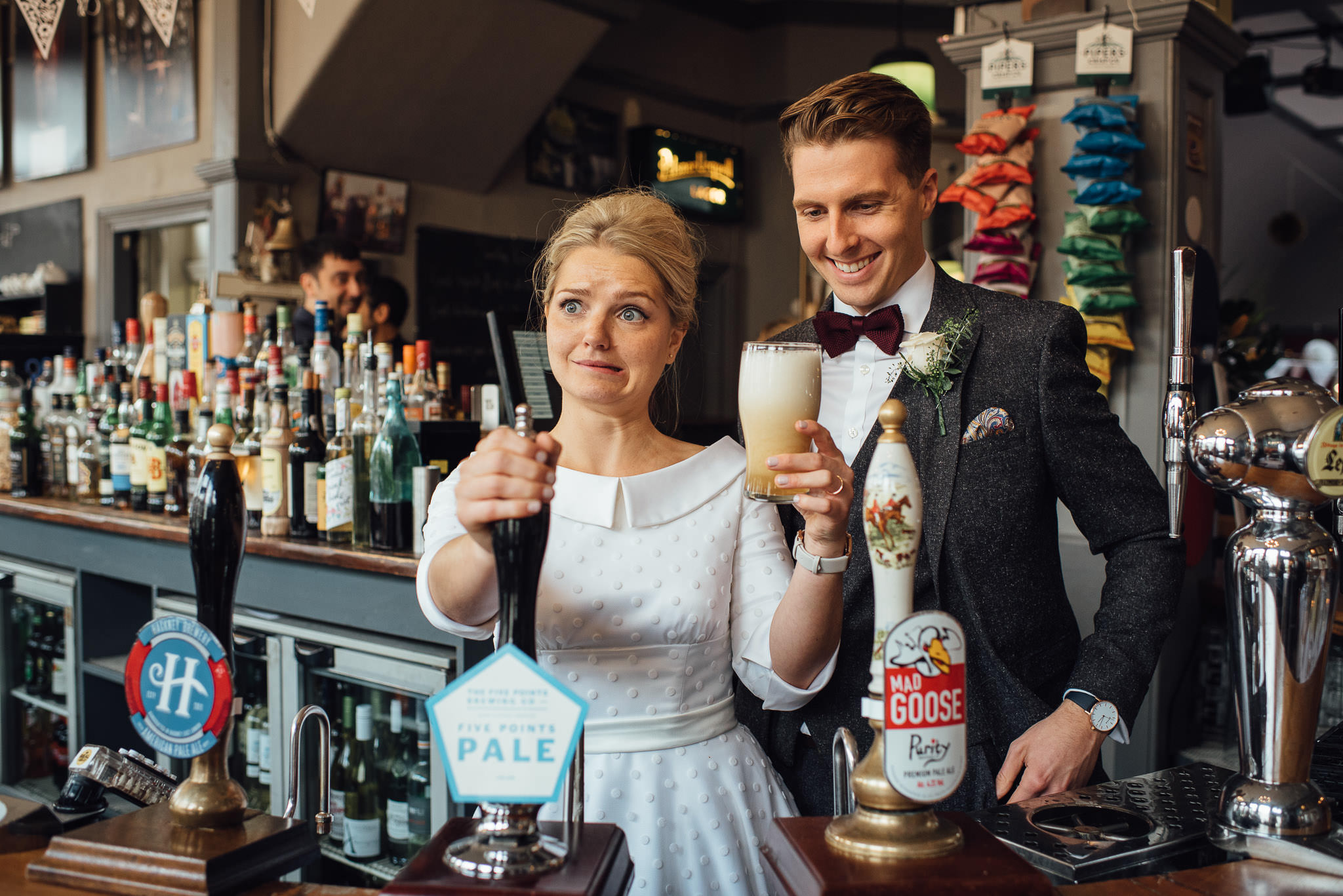 london pub wedding the londesborough by creative and alternative london wedding photographer the shannons photography