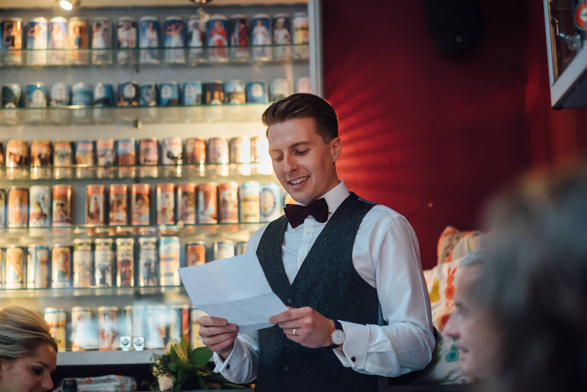 Grooms speech in the londesborough pub in stoke newington town hall wedding by creative and alternative london wedding photographer the shannons photography