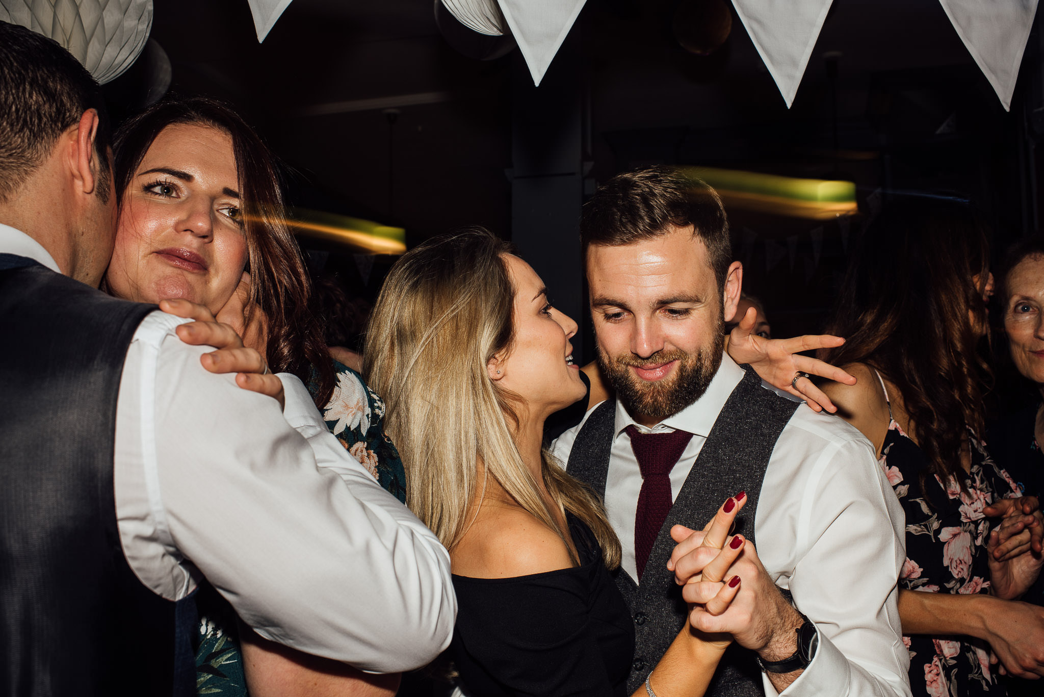 Dancing in the Londesborough pub wedding in stoke newington town hall wedding by creative and alternative london wedding photographer the shannons photography