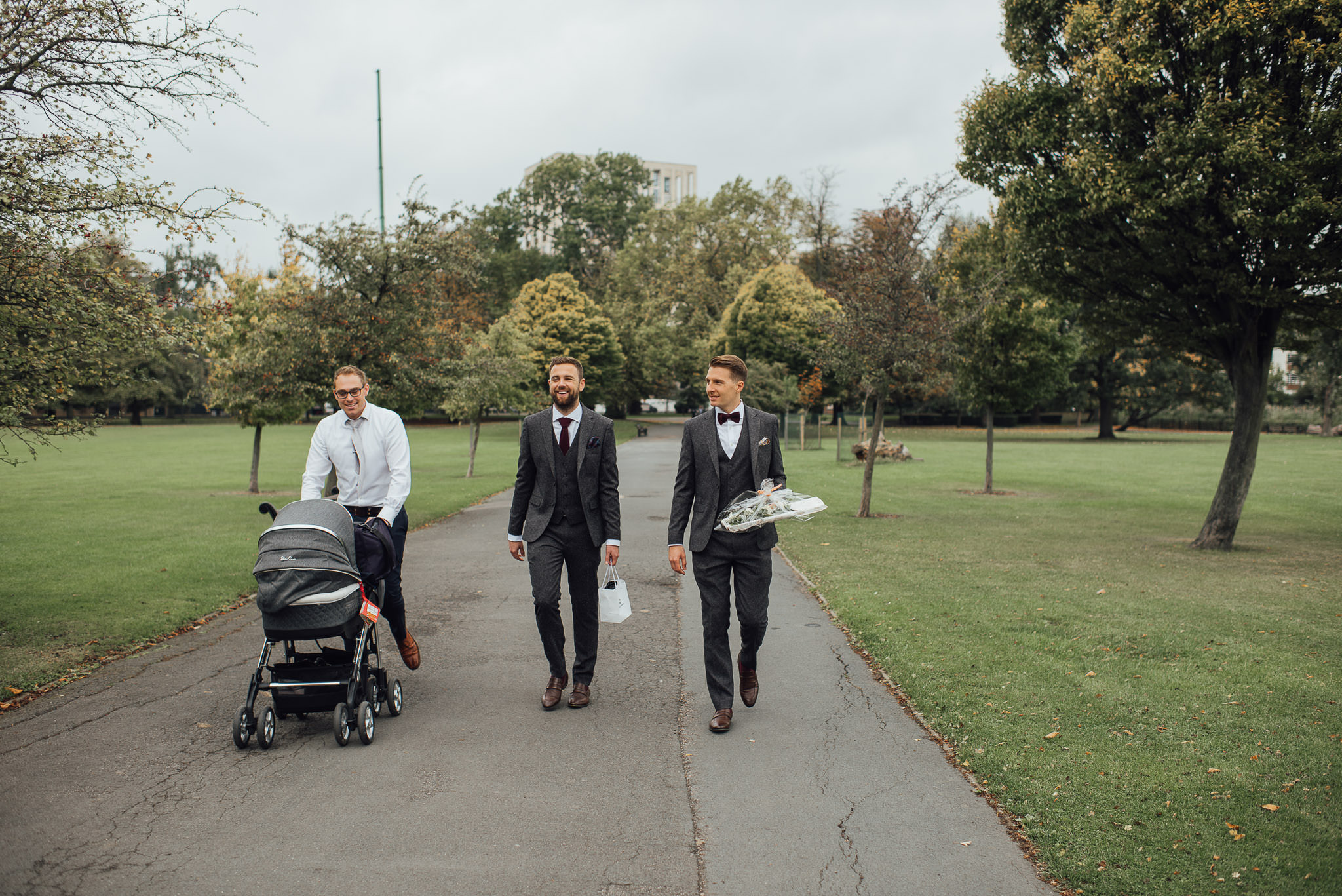 Clissold park wedding in stoke newington town hall wedding by creative and alternative london wedding photographer the shannons photography