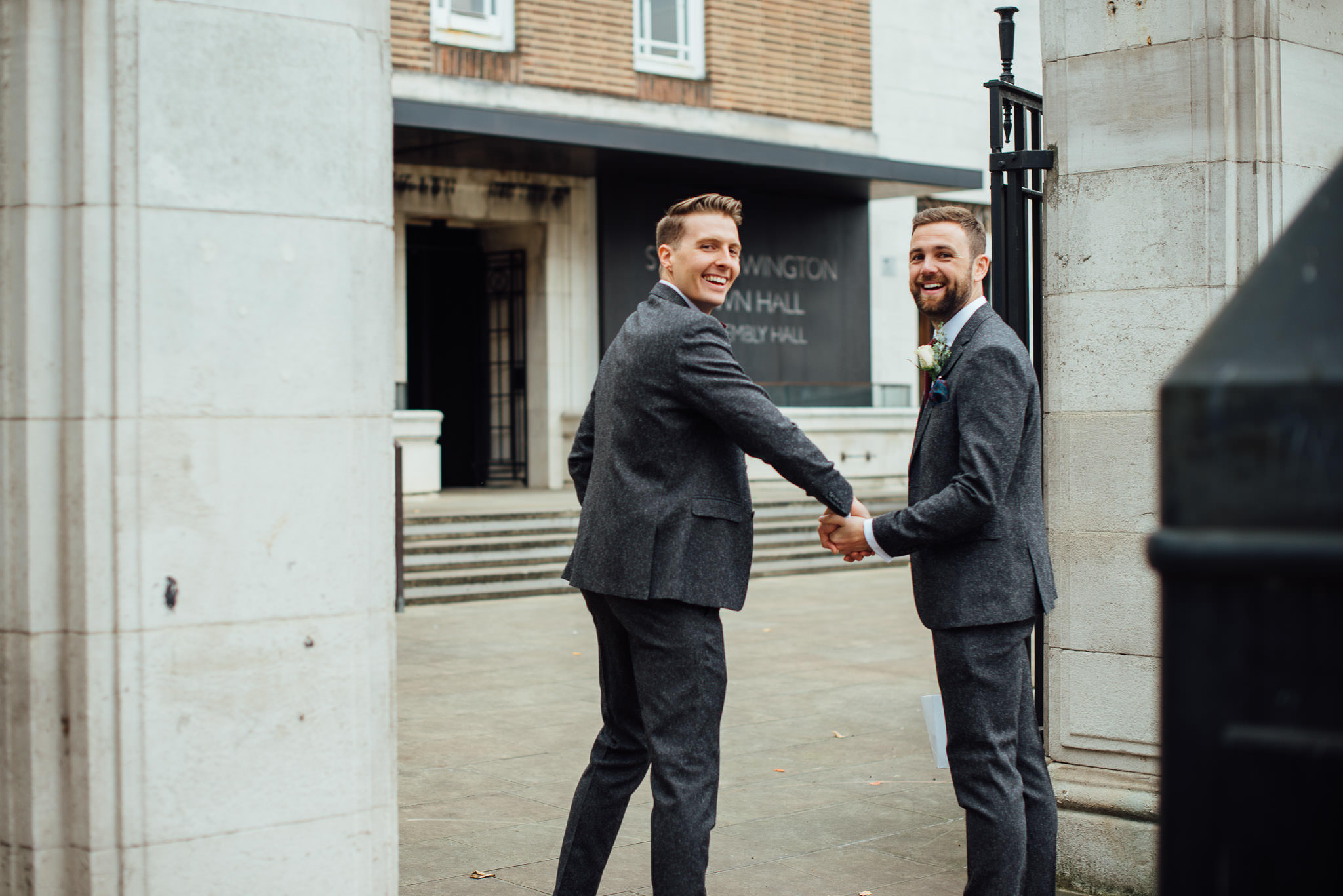 Groom and best man in in stoke newington town hall wedding by creative and alternative london wedding photographer the shannons photography