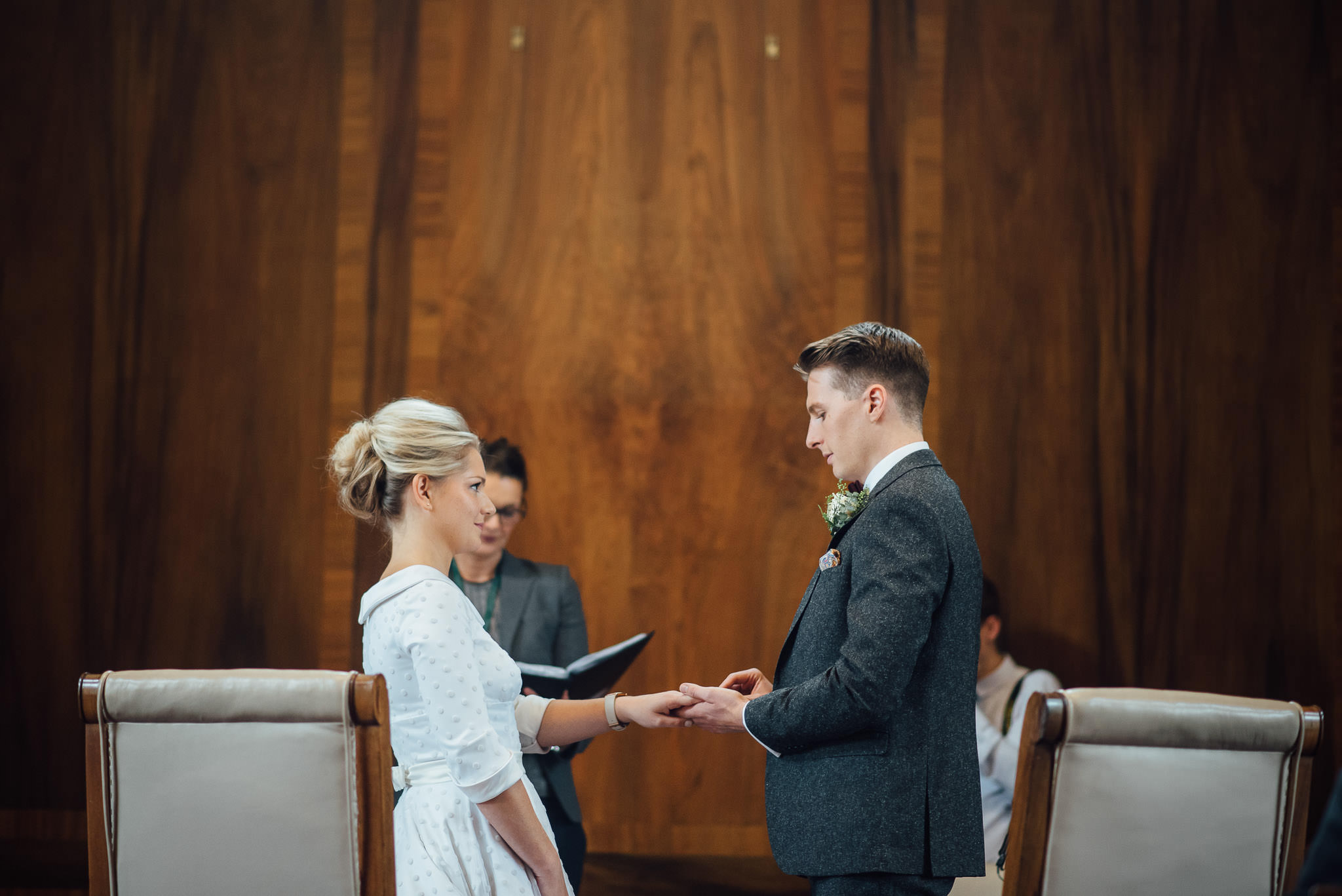 Marriage vows in stoke newington town hall wedding by creative and alternative london wedding photographer the shannons photography