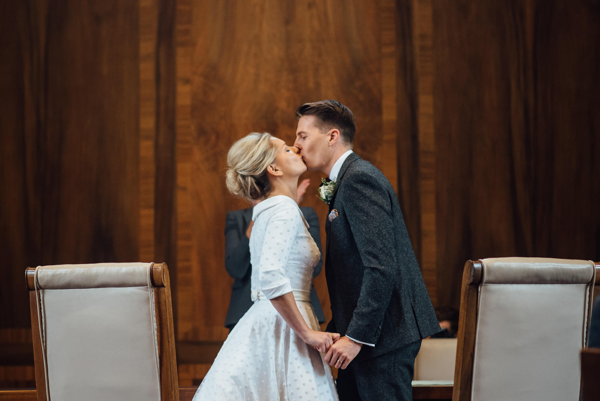 Humanist wedding ceremony in stoke newington town hall wedding by creative and alternative london wedding photographer the shannons photography