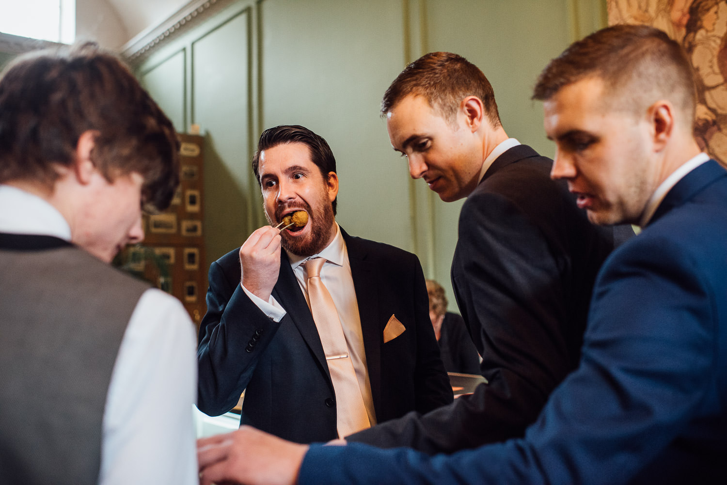 guests eating canopies by bath wedding photographer the shannons photography