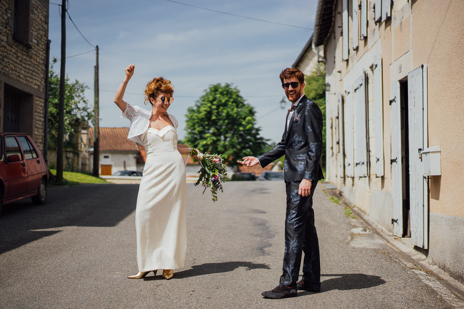 Cool bride and groom in Bordeaux Chateau wedding by creative destination wedding photographer the shannons photography