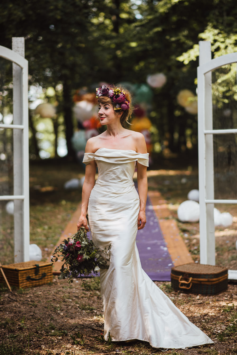 chic french bride in Bordeaux Chateau wedding by creative destination wedding photographer the shannons photography