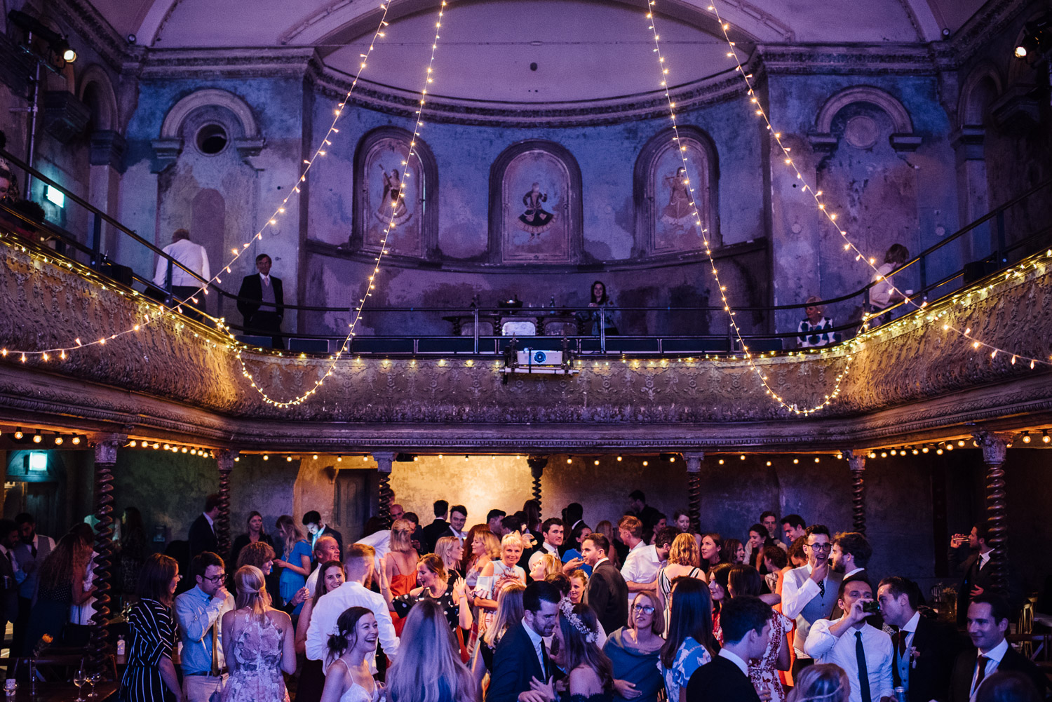 cool modern wedding wilton's music hall wedding by london wedding photographer the shannons photography