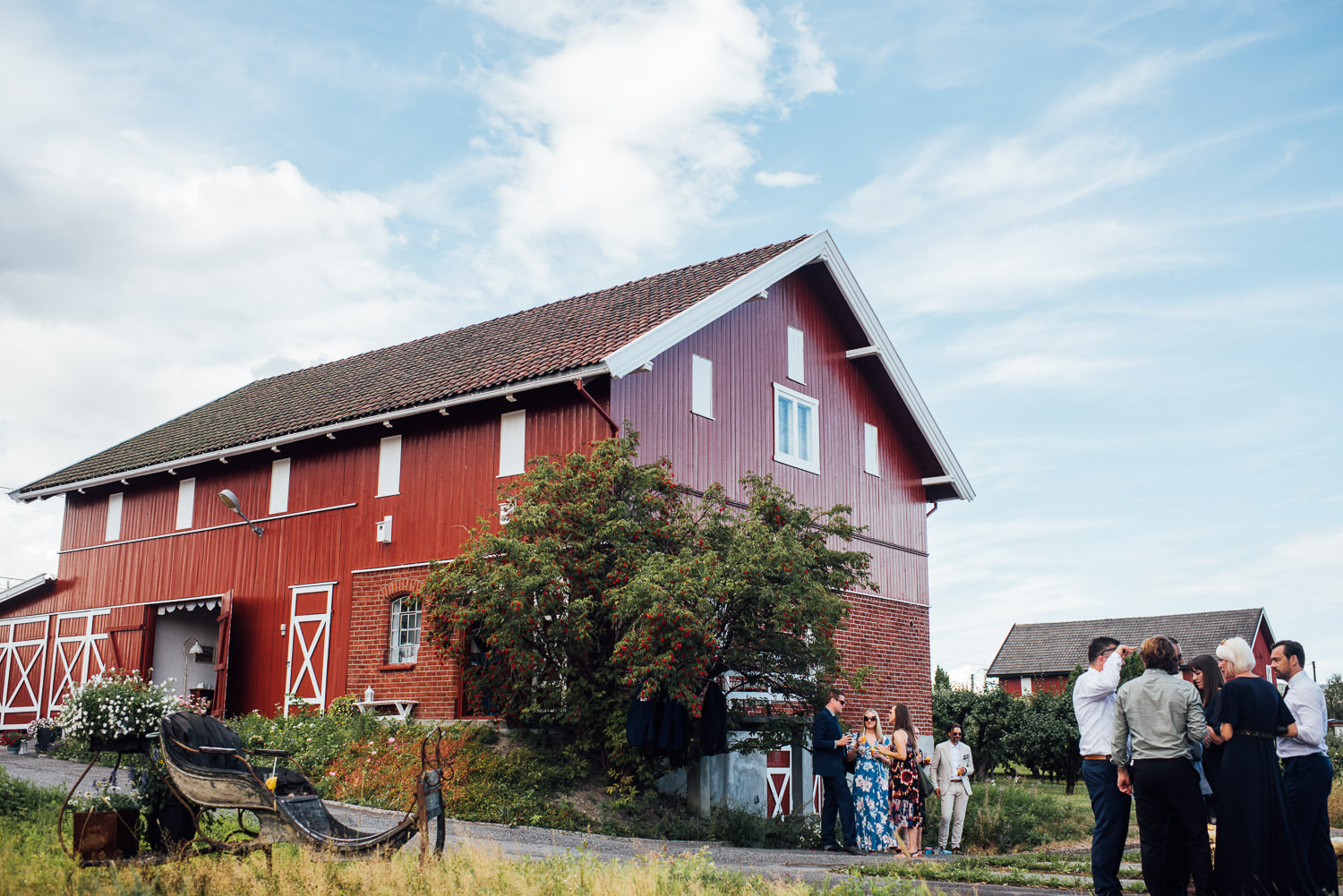 Nordic barn in Norwegian Barn Wedding by norway destination wedding photographer the shannons photography