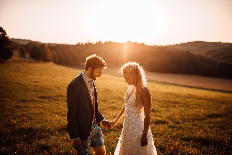 golden hour couple photos at Chateau de Lacoste Wedding