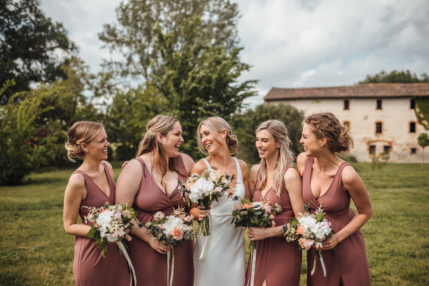 bridesmaids in Domaine du Beyssac Wedding