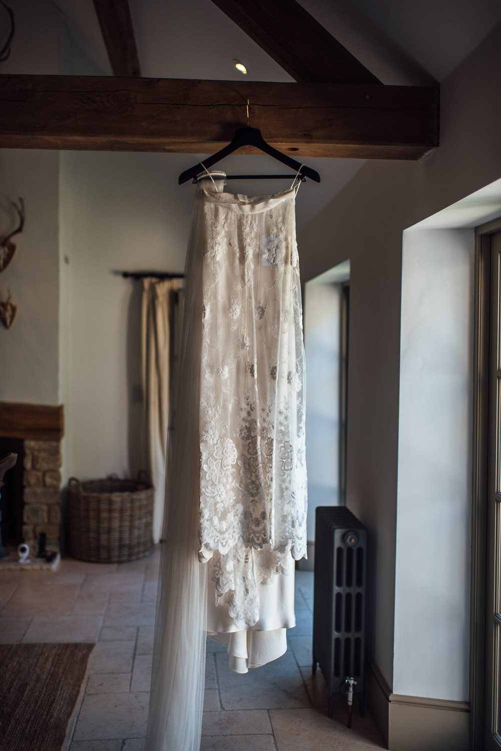 bohemian halfpenny london wedding dress in oxleaze barn wedding