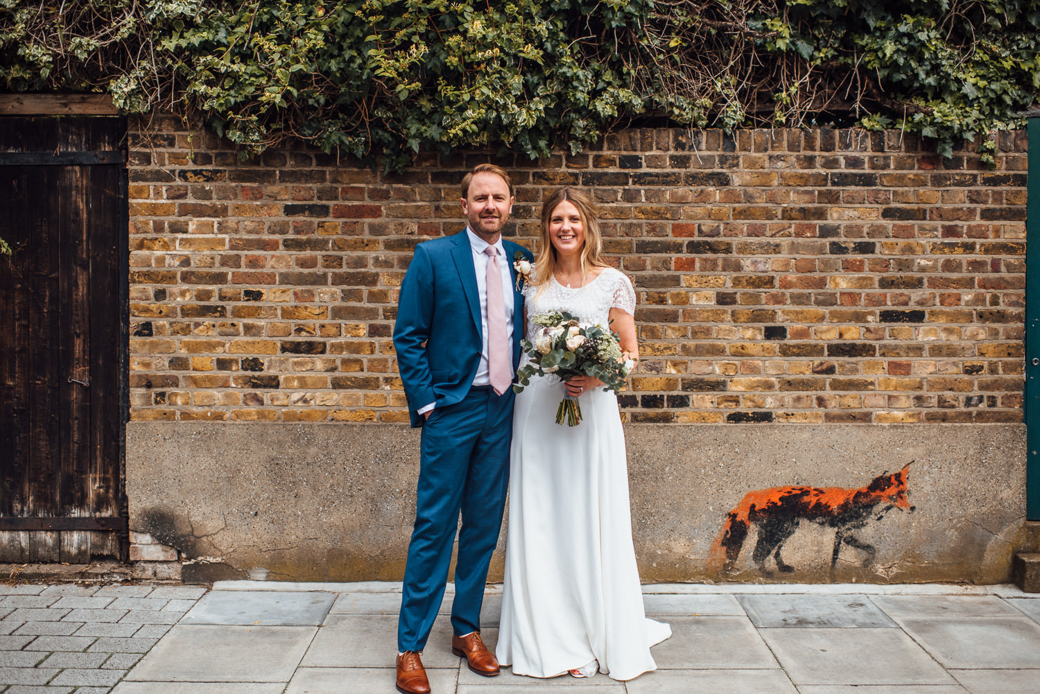 stoke newington pub wedding by london wedding photographer