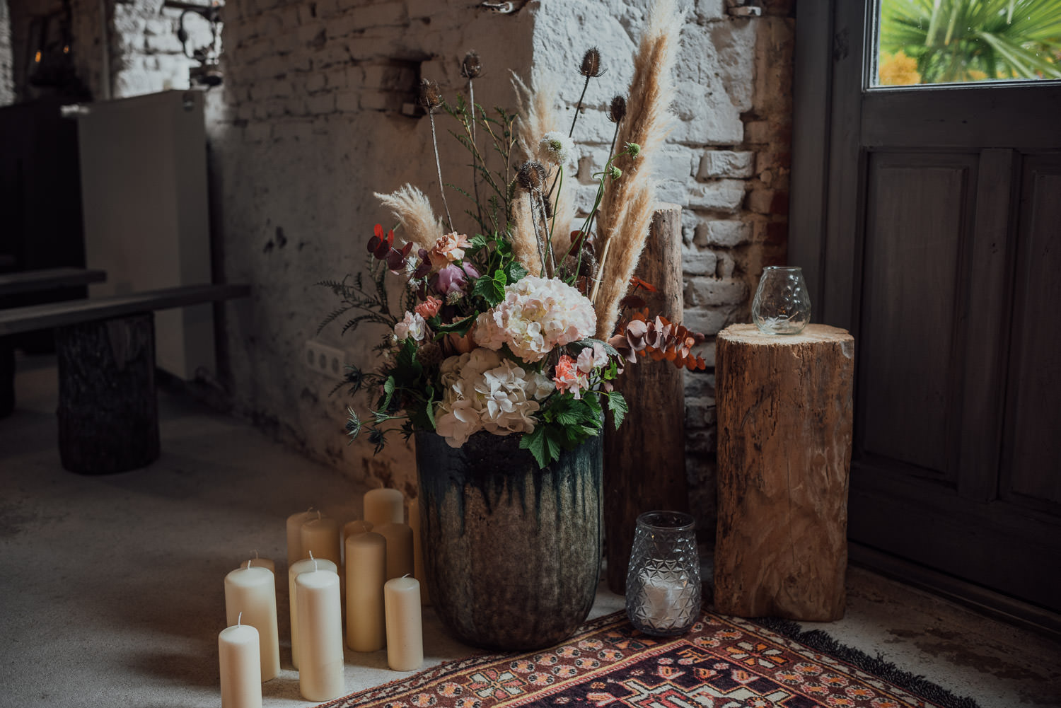 bohemian alternative wildflower wedding decorations