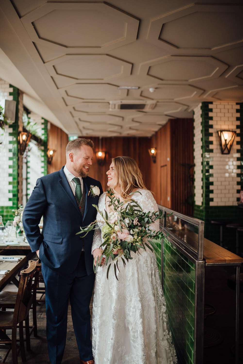 singer tavern london pub wedding