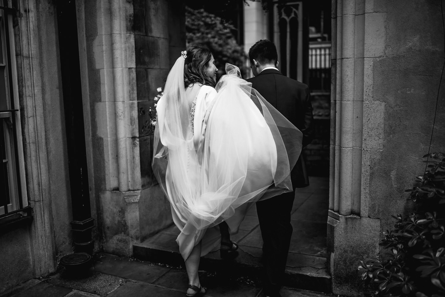 st dunstans in the east london wedding photographer