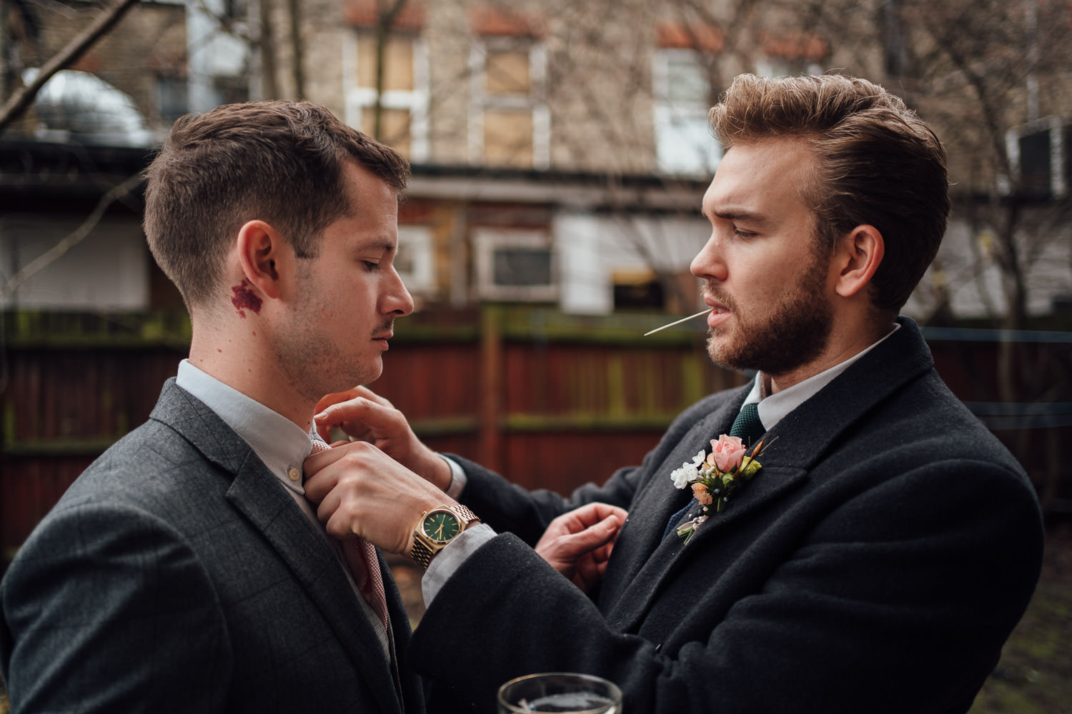 covid secure london micro wedding by documentary photographer
