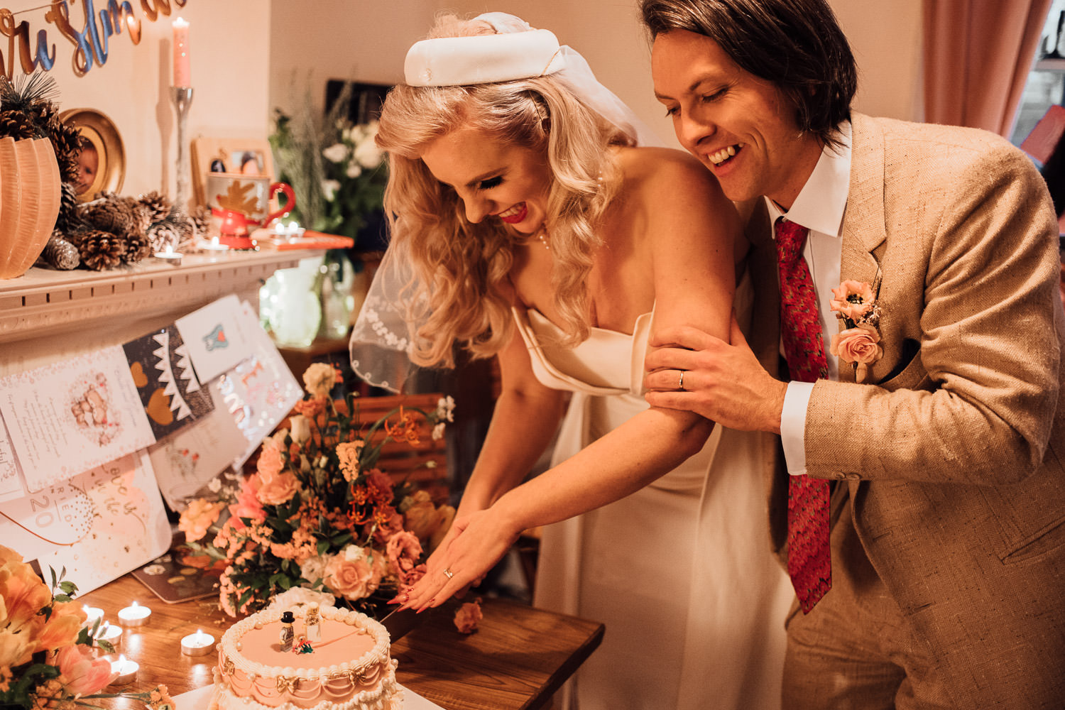 vintage styled london microwedding